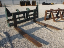 "Pemberton 92"" x 72"" Wheel Loader Forks"