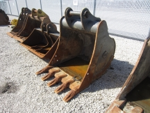 "Hensley 42"" Excavator Bucket"
