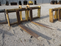 "Balderson 96"" x 72"" Wheel Loader Forks"