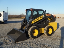 2015 New Holland L225